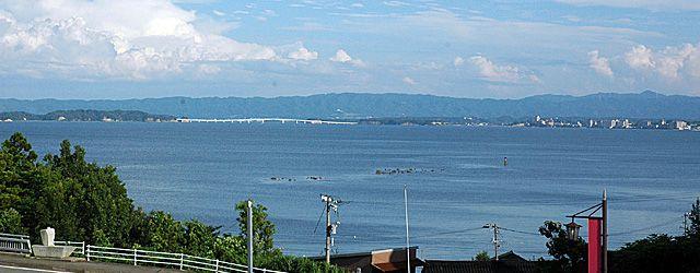 能登島大橋と和倉温泉
